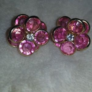 Vintage flower jewled earrings
